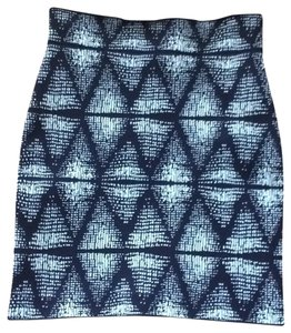 BCBGMAXAZRIA Mini Geometric Ikat Mini Skirt Navy and blue