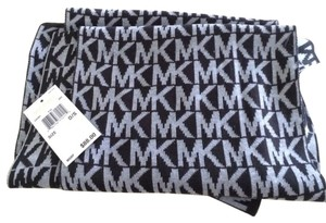 Michael Kors Authentic Michael Kors Patterned Winter Scarf Long NEW WITH TAGS