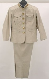 Michael Kors Michael Kors X 20.5 Tan Gold Beaded Collar Buttons Pant Suit B157