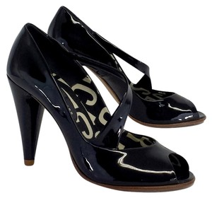 Marc by Marc Jacobs Black Patent Peep Toe Heels Sandals