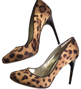Dolce&Gabbana Dolce & Gabbana Size 7.5 Stiletto Animal Print Iconic Sexy Work Night Out Date Night Dolce Leopard Pumps