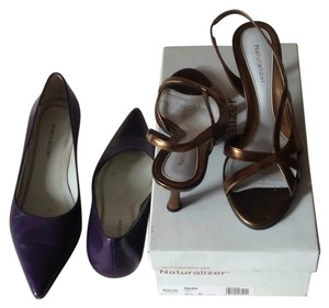 Naturalizer Bronze Pumps