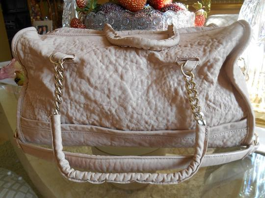 Tre Vero Gold Chain And Leather Straps Soft Pebbled Grain Leather Top Zipper For Closure Completely Lined Multi Function On Satchel in Cream/Off White Image 1