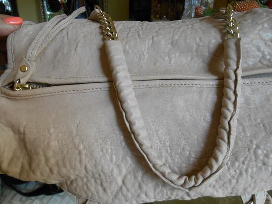Tre Vero Gold Chain And Leather Straps Soft Pebbled Grain Leather Top Zipper For Closure Completely Lined Multi Function On Satchel in Cream/Off White Image 4