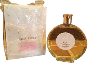 Nina Ricci Sealed Boxed 1960s Vintage Nina Ricci Eau de Couer-Joie In Lalique Bottle