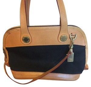 Dooney & Bourke Satchel in Brown/black