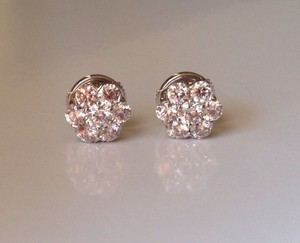 Van Cleef & Arpels Van Cleef & Arpels 18k Wg Fleurette Diamond Earrings $16200