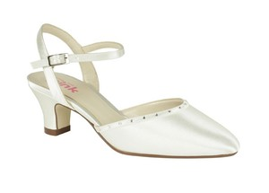 Paradox Butterfly By Little Miss Pink From Paradox Wedding Shoes