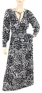 Black, White Maxi Dress by Moschino Sweetheart Silk Print Spring Keyhole Maxi
