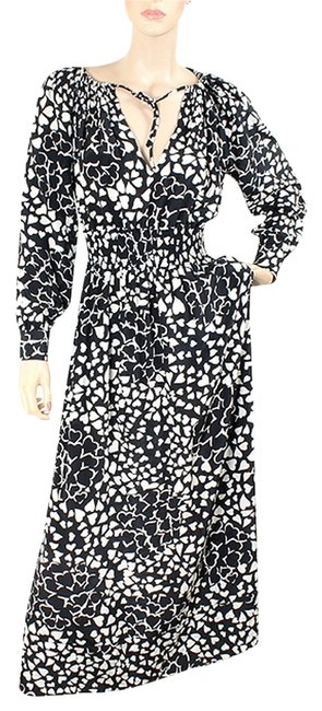 Preload https://item3.tradesy.com/images/moschino-black-white-and-silk-heart-print-long-casual-maxi-dress-size-6-s-1072227-0-0.jpg?width=400&height=650