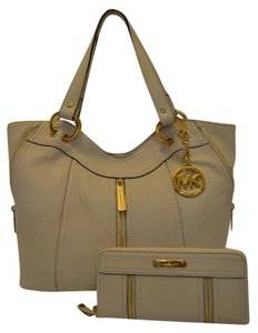 Michael Kors Moxley Leather Tote Wallet Included Shoulder Bag