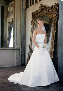 David's Bridal Pe8120 Michelangelo Wedding Dress