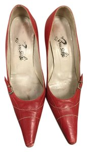 Vero Cuoio Red Pumps