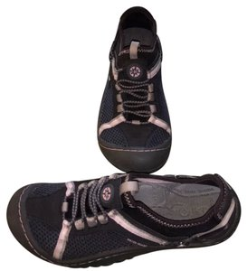 J-41 Charcoal and Pink Athletic
