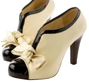 Other Heels Bowknot Pumps