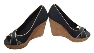 Coconuts Blue & Cream Wedges