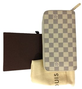 Louis Vuitton Authentic Louis Vuitton Zippy organizer Wallet Damier Azur with Box and DustBag