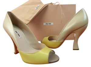 Miu Miu Light Beige/Yellow/Grey Pumps
