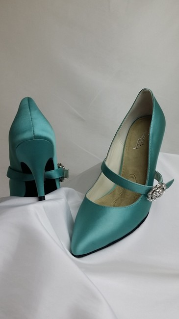 Item - Aqua Elea7.5-1 Pumps Size US 7.5