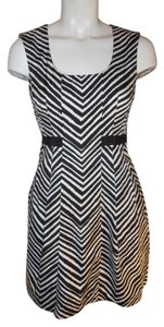 Club Monaco short dress black & white on Tradesy