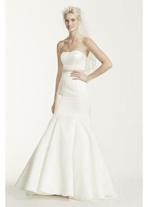 David's Bridal Satin Trumpet Gown Wedding Dress