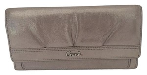 Coach TRIFOLD LEATHER SHIMMER WALLET
