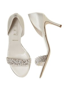 Something Bleu Bridal Oyster Bed D'orsays Pearl Strappy
