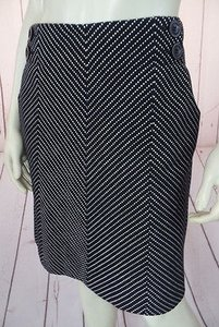 Ann Taylor Cotton Knit Chevron Pockets Above Knee Chic Skirt Black & White