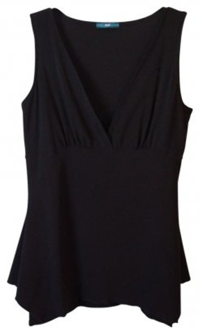 Preload https://item3.tradesy.com/images/black-sleeveless-v-neck-wlace-insert-night-out-top-size-8-m-10747-0-0.jpg?width=400&height=650