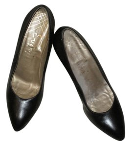 Reed Evins Leather Made In Italy Black Pumps