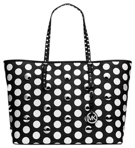 MICHAEL Michael Kors Jet Set Stud Dot Polka Dot Mk Jet Set Tote in Black and white
