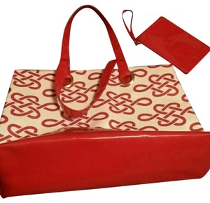 Este Lauder Tote in Deep Red,white