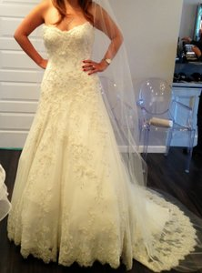 Matthew Christopher Off White/Ivory Lace and Sequin Reese Traditional Wedding Dress Size Petite 6 (S)