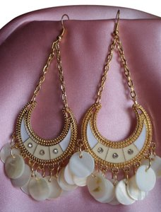 Body Central NEW CRESCENT SHAPED CHANDELIER EARRINGS