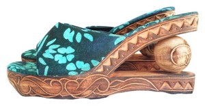Nativewear Designs Carved Wood Sole New Tropical & Teal, navy blue Sandals