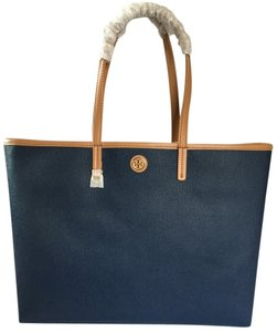 Tory Burch Tote in HUDSON BAY NAVY