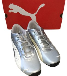 Puma Silver and white Athletic