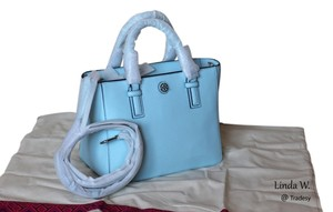 Tory Burch Leather Silver Hardware Removable Strap Adjustable Strap Crossbody Logo Medallion Versatile Chic Tote in Iceberg (blue)