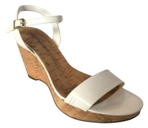 Bandolino White Patent Wedges