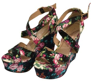 ALDO Multi colored flower Wedges