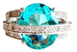 Uniquely Designed 8ctw Swiss Blue Topaz 925 Sterling Silver Ring