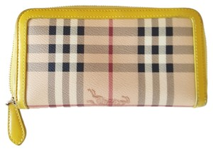 Burberry Burberry Haymarket Chack Ziparaund Wallet Yellow Leather