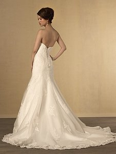 Alfred Angelo Ivory Lace 2438 Destination Wedding Dress Size 6 (S)