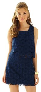 Lilly Pulitzer Crop Eyelet Flowers Floral Preppy Top Navy Blue