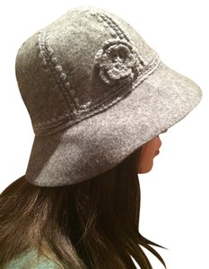 Route 66 Wool cloche hat with embellished flower