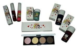 MAC Cosmetics NIB Limited Edition Mac Archie's Girls Collection