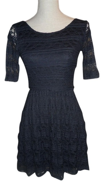 Preload https://item4.tradesy.com/images/rewind-navy-lace-mini-night-out-dress-size-2-xs-1078183-0-0.jpg?width=400&height=650