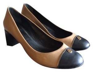 Tory Burch Black and tan Flats
