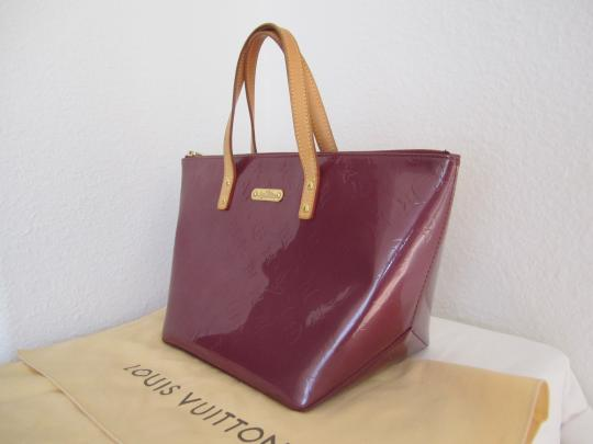 Louis Vuitton Vernis Bellvue Monogram Tote in Violet