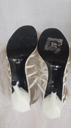 Nine West Eggshell Pumps